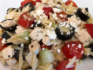 Greek Chicken Orzo Salad www.HealthyEasyFood.com