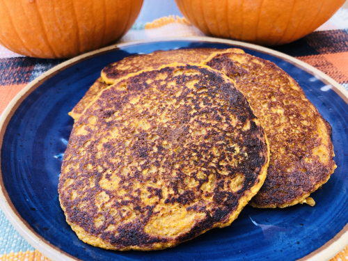 Pumpkin Spice Protein Pancakes from www.HealthyPetPeeps.com
