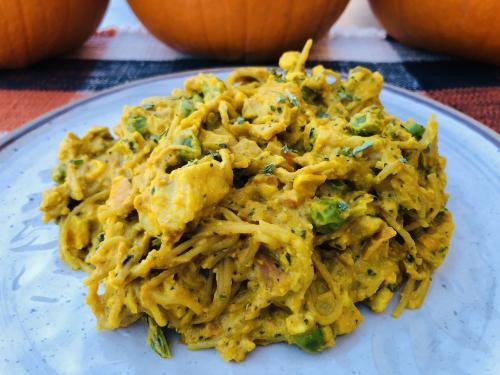 Creamy Chicken  Veggie Pumpkin Pasta Recipe www.HealthyEasyFood.com