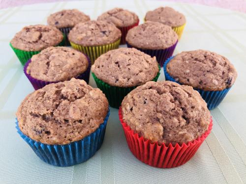 Applesauce Muffins www.HealthyEasyFood.com