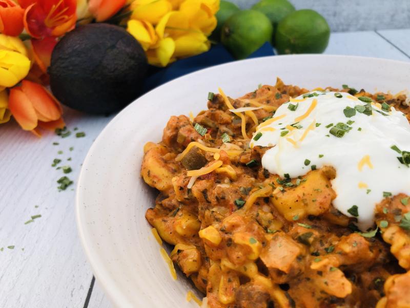 One Pot Taco Tortellini with freeze dried foods www.HealthyEasyFood.com